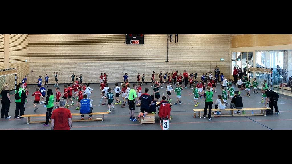 F-Jugendspieltag in Dettinger Lindenhalle ein voller Erfolg